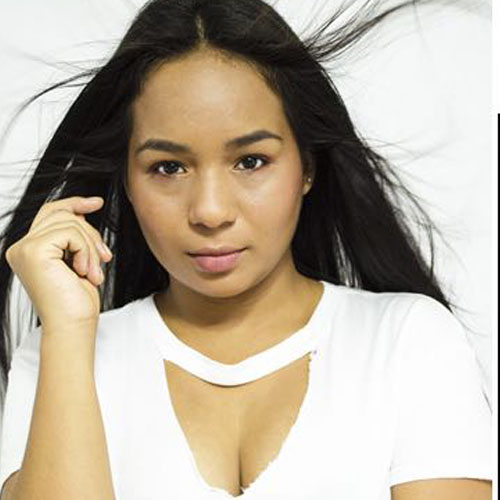 Triguena colombiana de 18 anos se masturba y hecha un chorro - 3 part 8